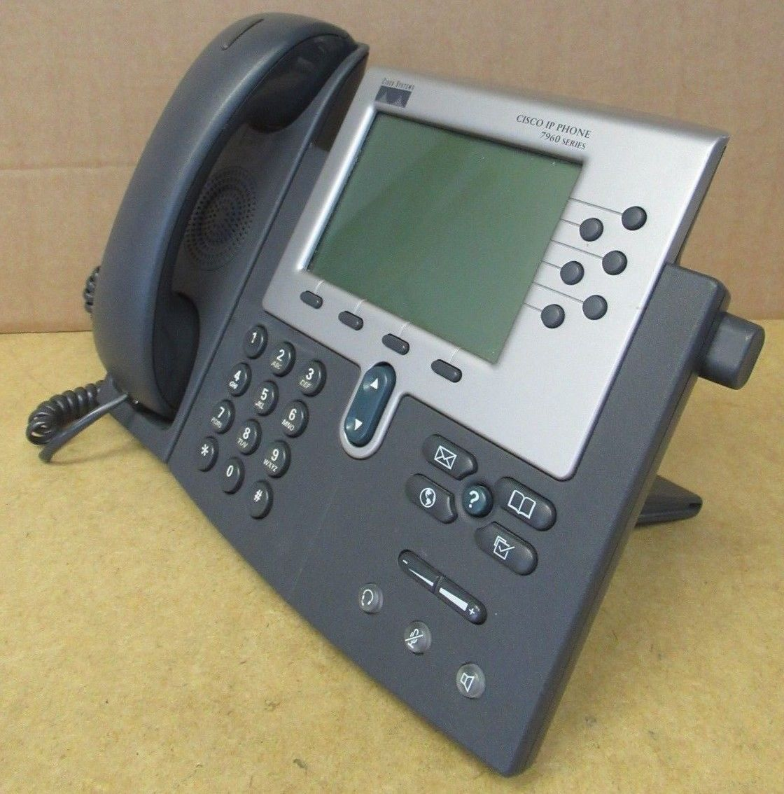 Cisco 7960G Unified IP SIP 6-Line LCD Screen Telephone 7900 Series  68-1679-11